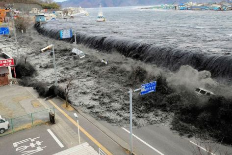 The great 9.0 Japanese earthquake of 2011 generated tsunami waves of 10 metres. Image credit: Mainichi Shimbun/Reuters